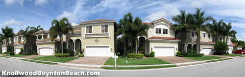 The pavered driveways and nicely-landscaped lawns of Knollwood in Boynton Beach, Florida give the community a distinctly upscale feel.